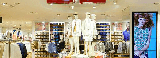 UNIQLO  What s behind the low-cost high-quality casual wears ... 9f9a452d55cf8